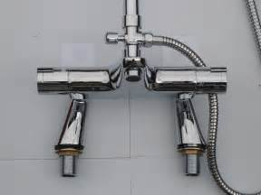 Shower And Bath Mixer Deck Thermostatic Bath Shower Mixer Taps Rigid Riser
