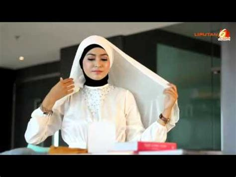 tutorial pashmina lebaran tutorial cara pakai jilbab pashmina cerutti untuk lebaran