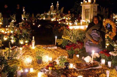 celebracin da de los difuntos en las comunidades la celebraci 243 n del d 237 a de muertos no s 243 lo dura dos d 237 as