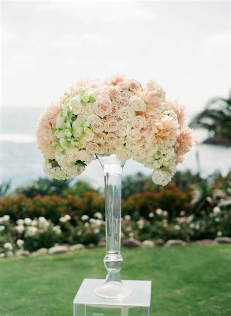 Wedding Floral Arrangements by 10 Worthy Flower Arrangements For Your Wedding