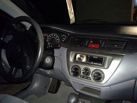 2004 Mitsubishi Lancer Interior by 2004 Mitsubishi Lancer Pictures Cargurus