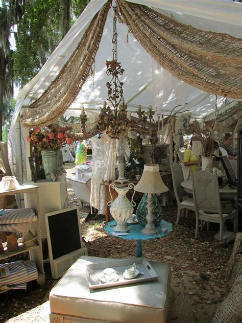 how to decorate a market tent sue hale i m seeing burlap on the end of our antique alley tent design vintage flea