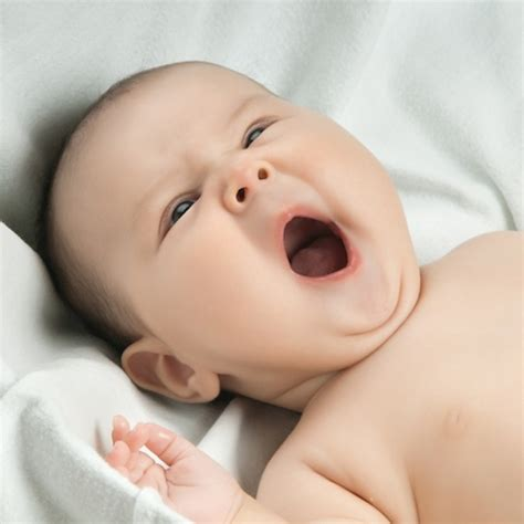 www baby video guide to settling an over tired baby babybliss com au