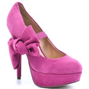 pink shoes t g i fashion