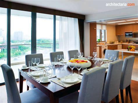 Meja Makan Besar menata dan mendesain interior ruang makan pt