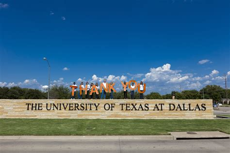 Ut Dallas Mba Starting Salary by Master Thesis Graduation