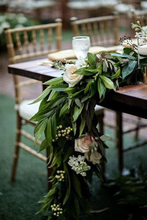 25 chic spring table runners to try happywedd com