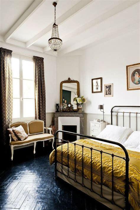 parisian bedroom decor 25 best ideas about parisian chic decor on