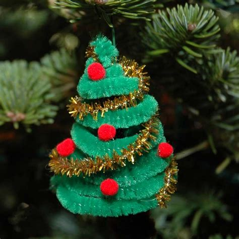 pipe cleaner christmas tree holidays pinterest