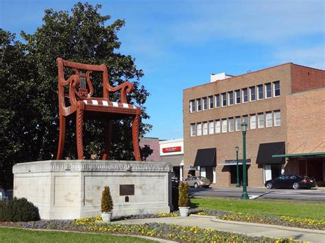 Big Chair In Thomasville Nc by Geographically Yours Thomasville Carolina Usa