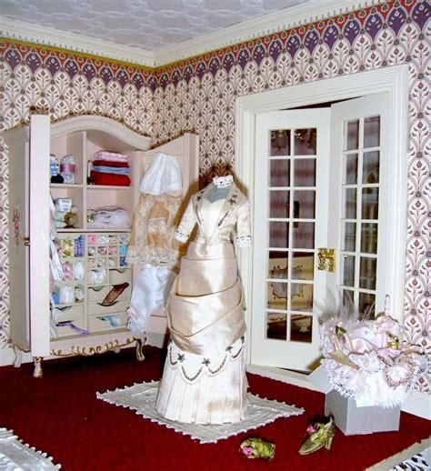 alicia dolls house alicias doll house s white gown dollhouse decorating