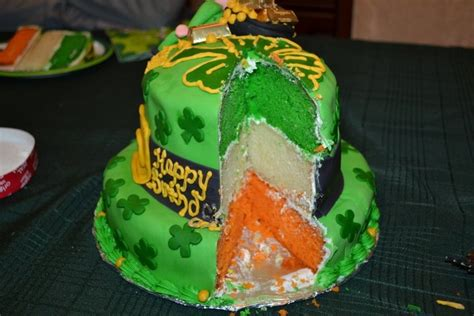 irish cake irish birthday cake inside erin go bragh pinterest