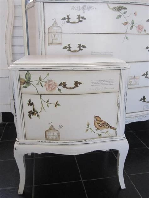 how do i shabby chic furniture 281 best images about painted provincial furniture