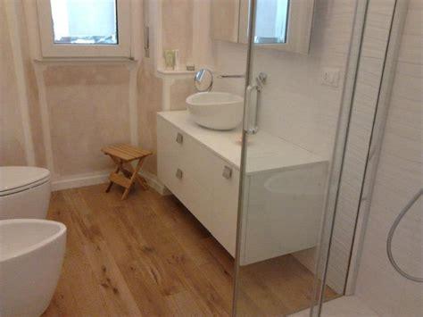 in bagno foto parquet in bagno di merendoni parquet 218713