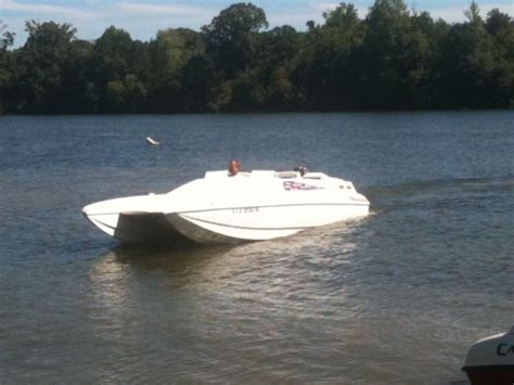 offshore cat boats for sale american offshore 2600 catamaran powerboat 26 cat no