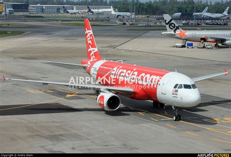 airasia email id 9m ahs airasia malaysia airbus a320 at singapore