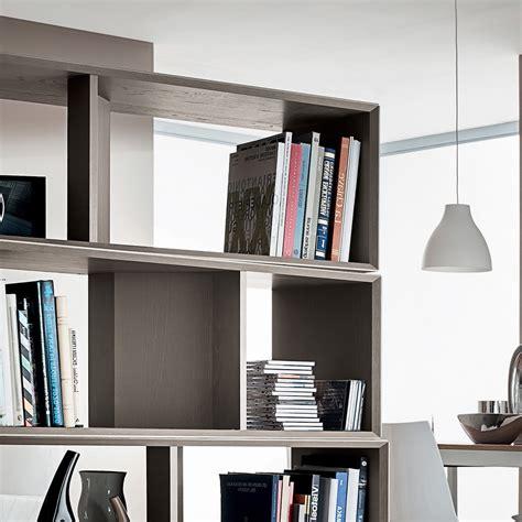 librerie a giorno divisorie libreria a giorno divisoria per separare ambienti joakim