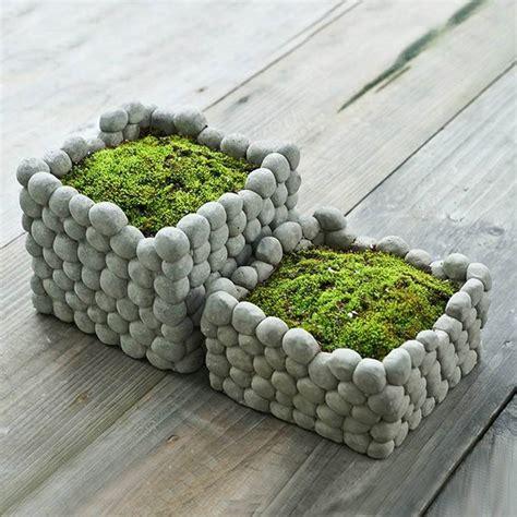 square stone breathab earthen flower pot succulent plants