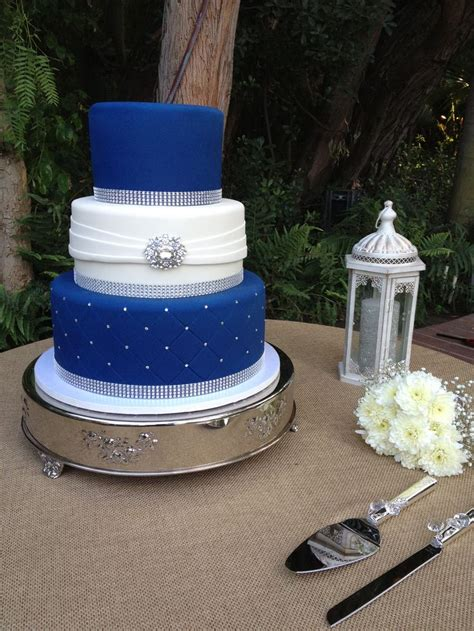 3 Tier Cake Decorating Ideas by 25 Best Ideas About Royal Blue Cake On Royal
