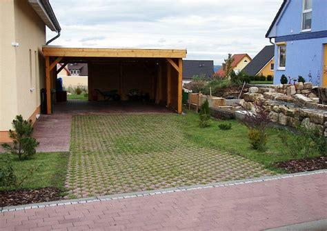 Carport Neben Haus carport und rasengitter neben dem haus