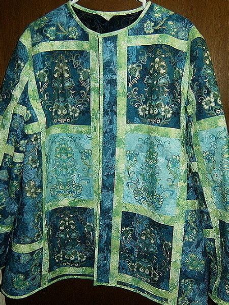 sewing pattern reversible quilted jacket 19 best images about quilted clothing on pinterest purse
