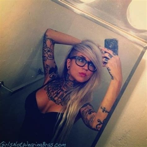Best Tattoo Girl Ever | sexy tattoos 31 tattooed girls check out http zombieboy