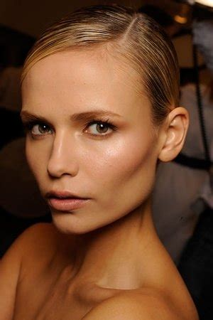 how to get cheekbones like a model 301 moved permanently