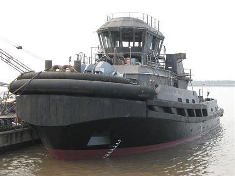 tugboat fenders tugboat rubber fender ship rubber fender china tugboat