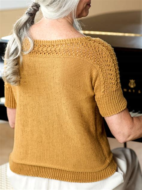 knitting pattern  diane  short sleeve sweater