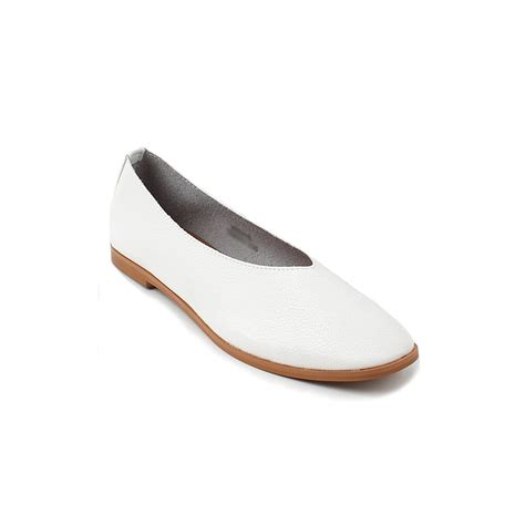 s synthetic leather toe flat shoes white
