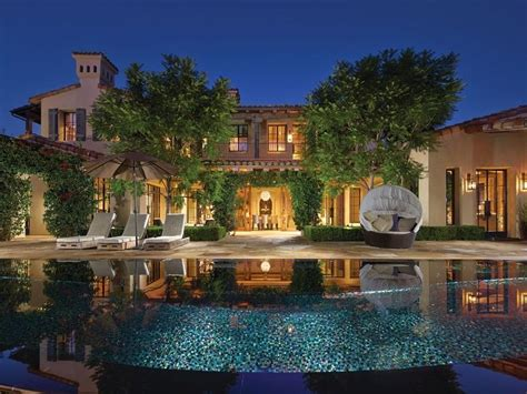 Homes In Irvine Ca by Mansion House Irvine California Is Home To This