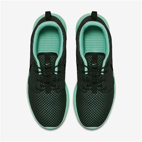 Nke Roserun Black Sneaker Premium nike roshe run premium quot green glow quot sneakernews