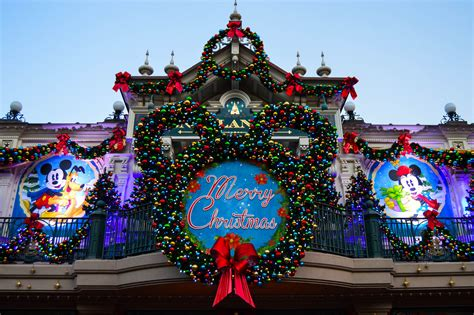 christmas decorations at disneyland ideas christmas