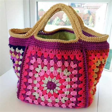 Crochet Pattern Stash Bag | retro granny stash bag free pattern crafternoon treats