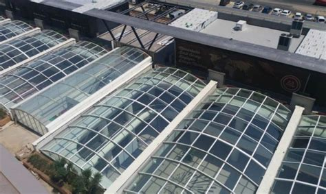 innovative retractable glass roof  convert  mall