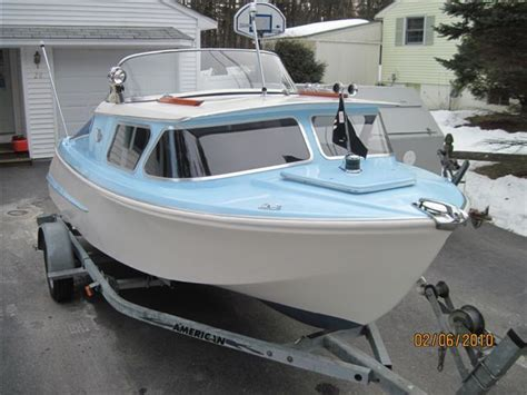 old fishing boat cabin 1000 ideas about cabin cruiser on pinterest boats