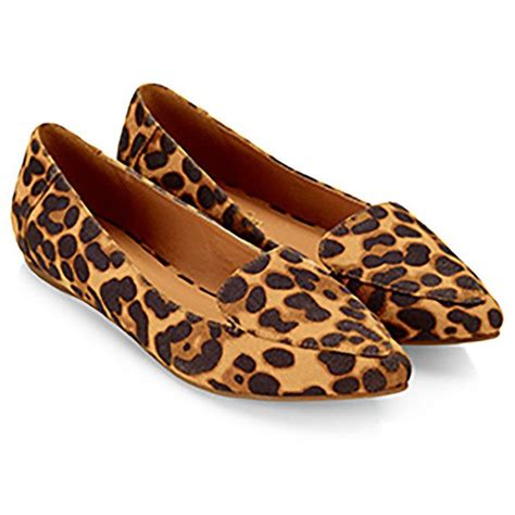 Get Leopard Print Flats Like Cameron And Reese by 1000 Ideas About Pointed Flat Shoes On