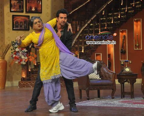 comedy nights with kapil on the sets the times of india hrithik roshan with gutthi on the sets of comedy nights