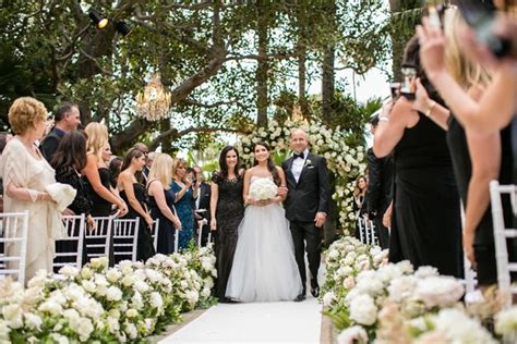being a guest at a jewish wedding a guide my jewish outdoor jewish wedding ceremony glam reception in