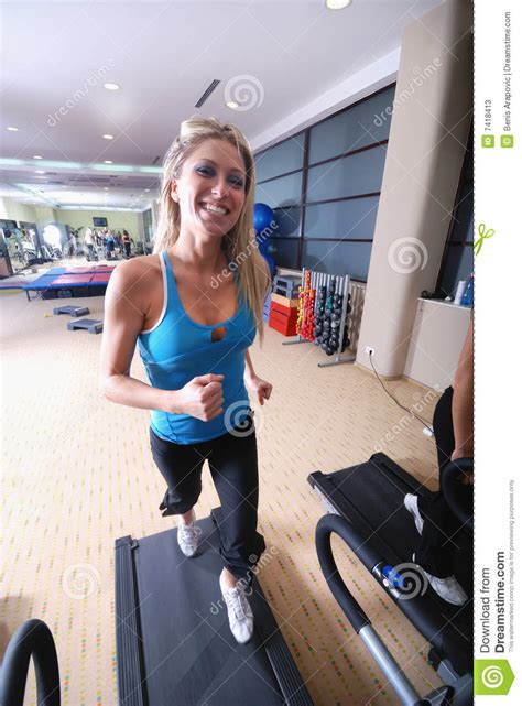 how to a to run on a treadmill running on treadmill stock photos image 7418413