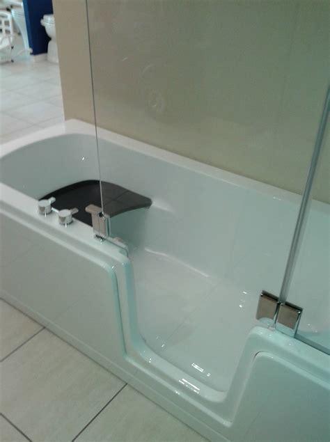 vasca bagno con porta vasca doccia con porta duo comfort bagnosereno it