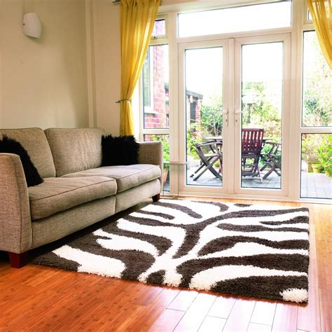 how to choose bright color rugs for living room optimum