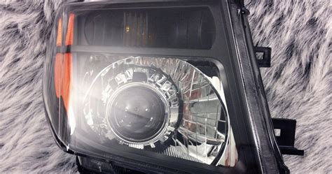 Lu Hid Nissan March hid illusionz nissan frontier morimoto mini h1 gatling