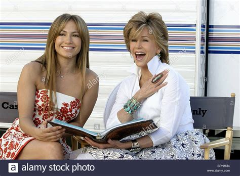 jane fondas hairstyle in monster in law jennifer lopez jane fonda monster in law monster in law