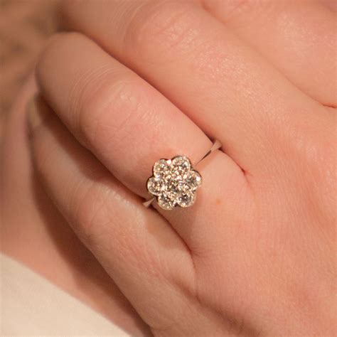 Vintage Rings by 18ct White Gold Cluster Brilliant Cut