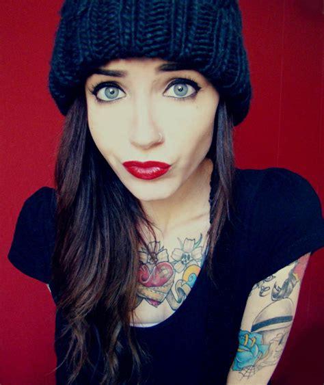tattoo girl rock 10 cosas que tus tatuajes pueden expresar acerca de ti