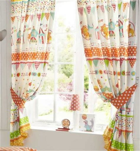 Jungle Curtains For Nursery Jungle Themed Curtains Nursery Uk Curtain Menzilperde Net