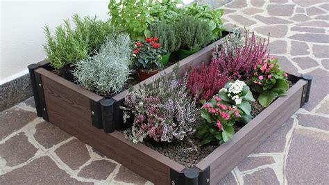 giardino sul terrazzo creare un angolo fiorito sul terrazzo o in giardino con la