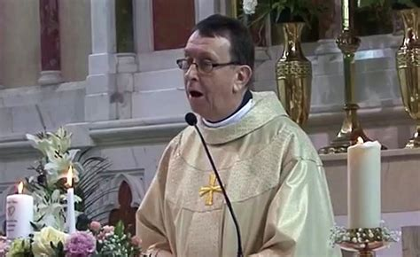Irish Priest Singing Hallelujah for Wedding Couple (Video