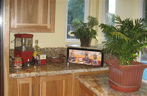 Countertop Tv by Kitchen Counter Tv Pop Up Tv Kitchen Countertop